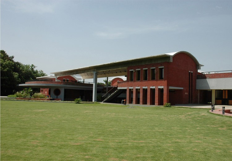 01 Environmental Sanitation Institute