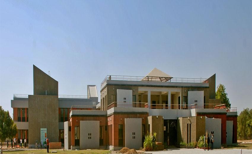04 Global Mission School